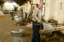 Steve Siviter making a tin bath