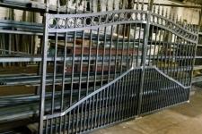 A bespoke electric gate pre galvanizing