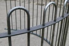 Hoop top railing